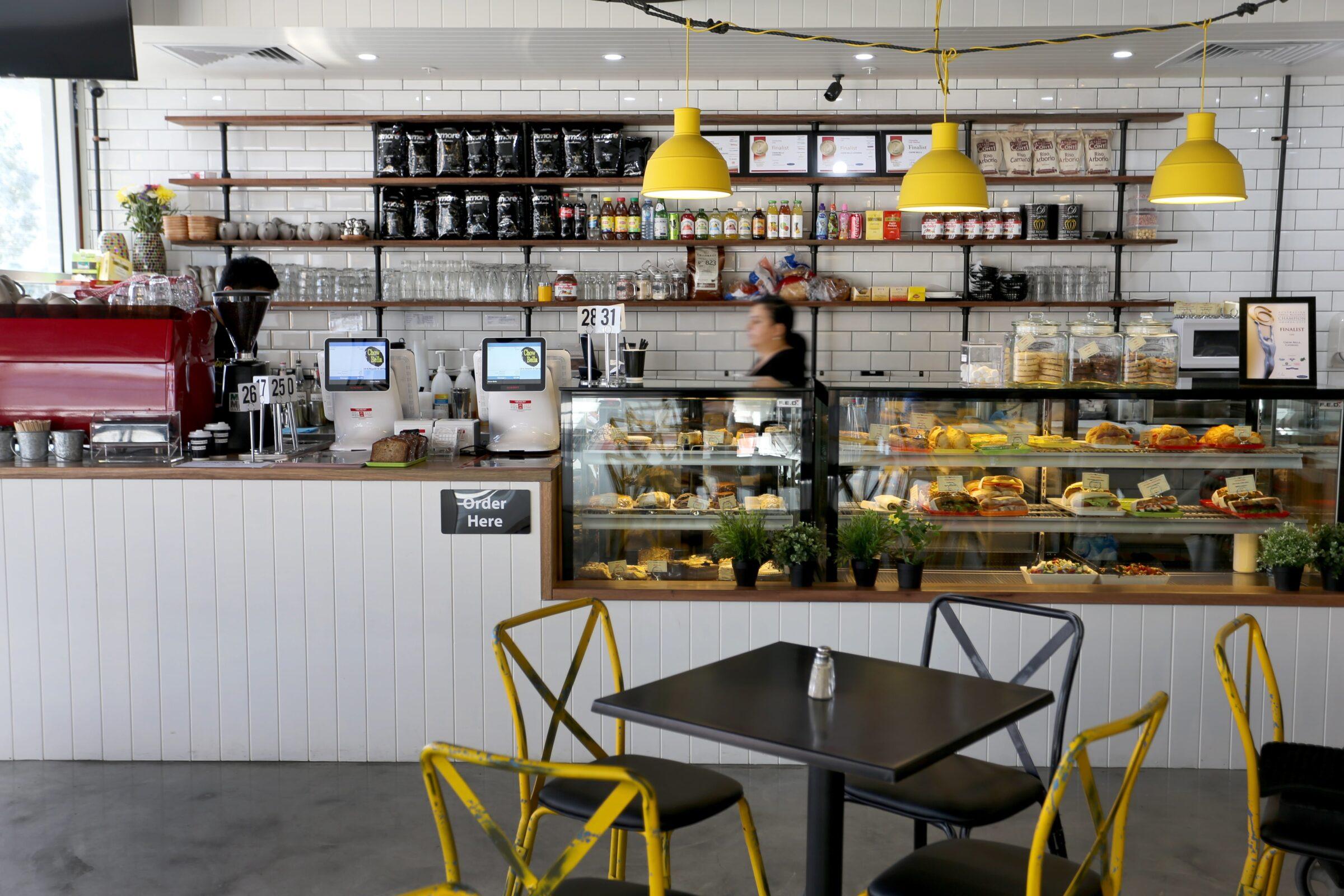 Chow Bella Café